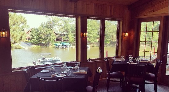 Eagle River, WI: The View From Our Lakeside Lounge & Dining Room