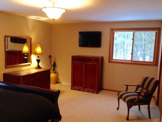 Eagle River, WI: Hudson House Master Bedroom