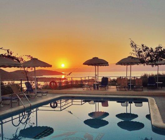 Elounda Heights: Sunrise