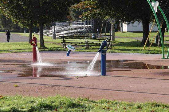 Antigonish, Canada: The splash pad continues its round