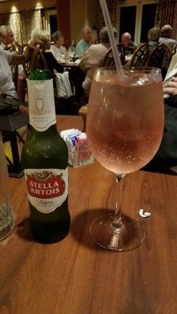 North Fort Myers, FL: Stella & a Wine Spritzer