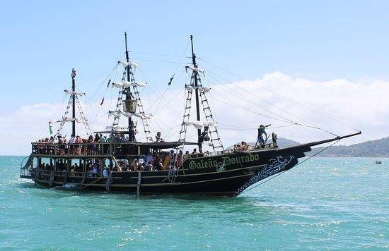 Barco Galeao Dourado
