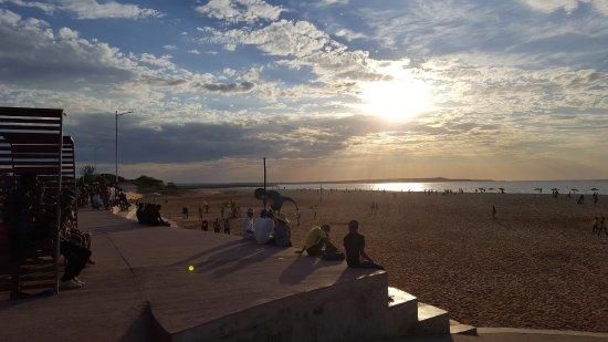Mahajanga, Madagascar: Coucher de soleil et peu de monde