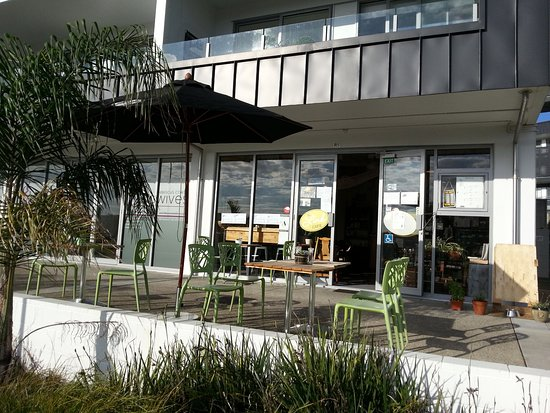 Whangaparaoa, Nueva Zelanda: Outdoor seating