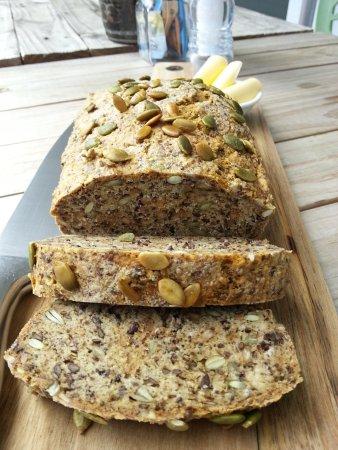 Whangaparaoa, Nueva Zelanda: Homemade Paleo bread