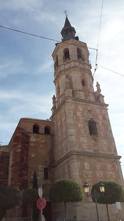 Iglesia de santa catalina la solana spanien omd men - Parroquia santa catalina la solana ...