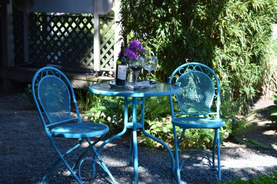 La Conner, WA: Wild Iris Inn grounds