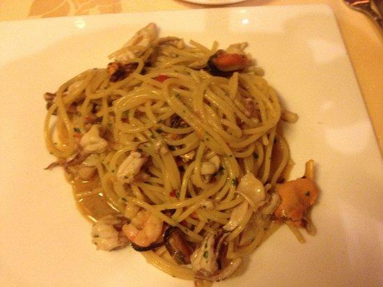 Le Perlage: Spaghetti ai frutti di mare