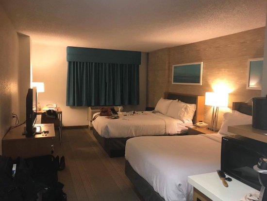 Holiday Inn Anaheim-Resort Area: received_10155605769575664_large.jpg