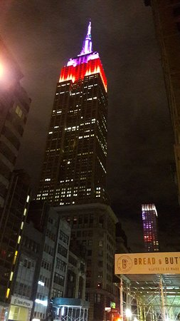 Empire State Building: 20171120_065656_large.jpg