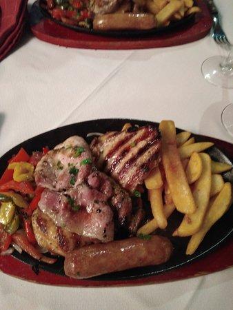 Aberdeen Steak House: Mixed grilled platter