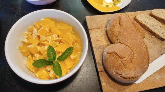Siracusa, Italia: Tipical Orange Sicilian salad, Cooking lesson
