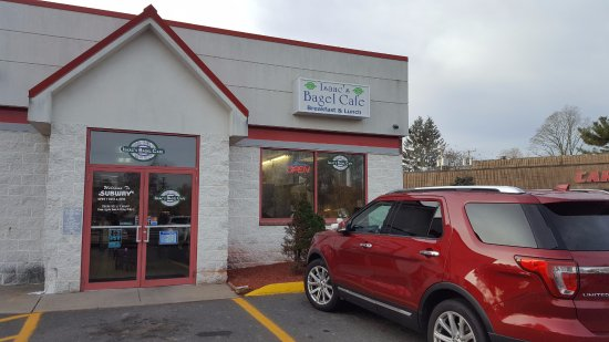 Bloomfield, CT: Store Frontage