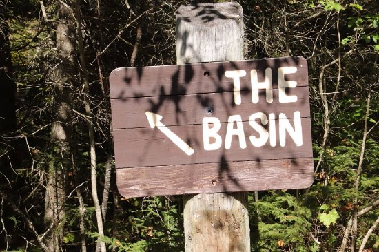 The Basin at Franconia Notch State Park: The Basin