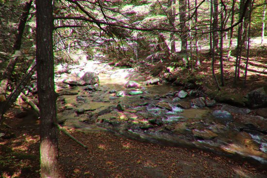 The Basin at Franconia Notch State Park : It continues