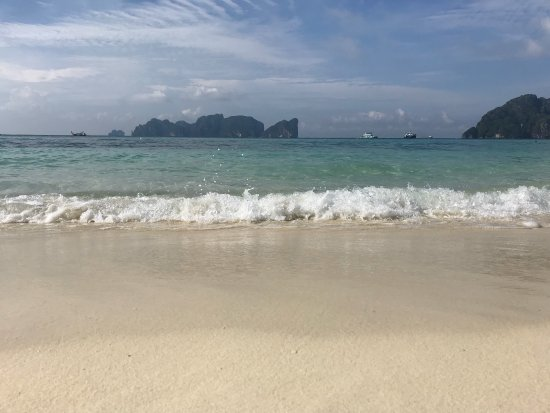 Phi Phi The Beach Resort: photo1.jpg