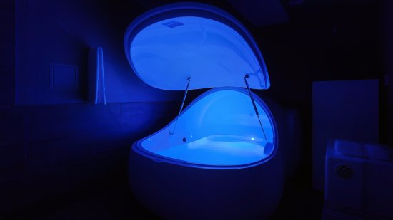Derwent Park, Australia: Our private Float tank filled with 500 kg of Magnesium Sulfate.