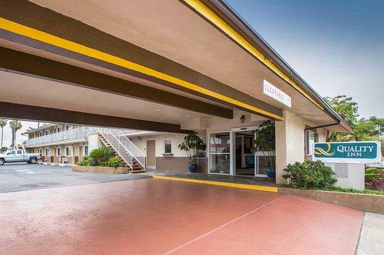 Τσούλα Βίστα, Καλιφόρνια: Exterior