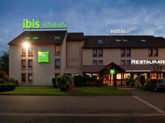 ibis styles chartres hotel le coudray france voir les tarifs et 114 avis. Black Bedroom Furniture Sets. Home Design Ideas