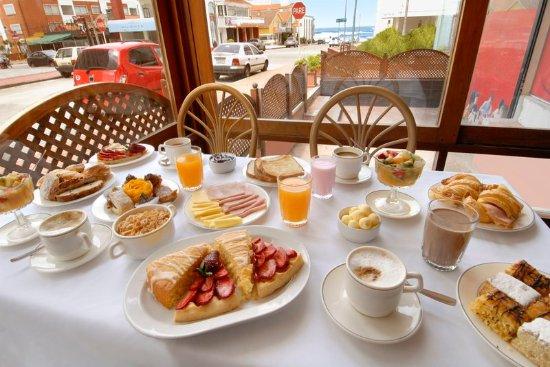 Golden Beach Resort and Spa: Buffet Breakfast