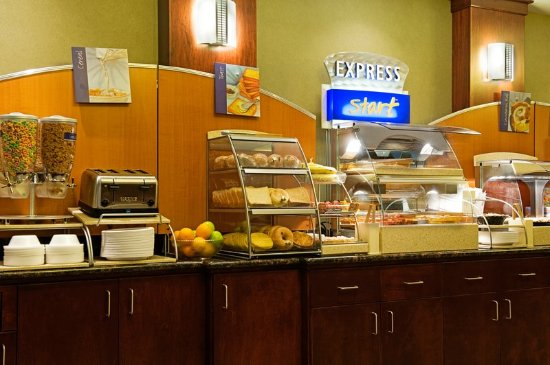 Drayton Valley, Canada: Breakfast Bar