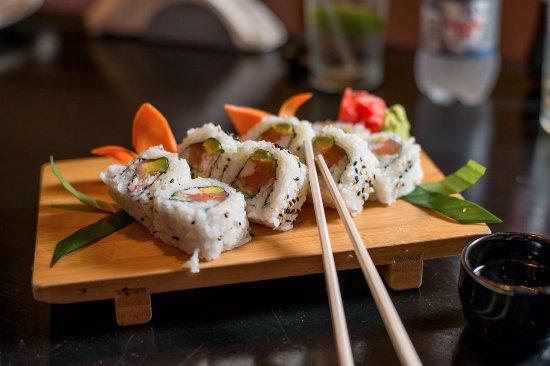 Yamazato: Sushi roll