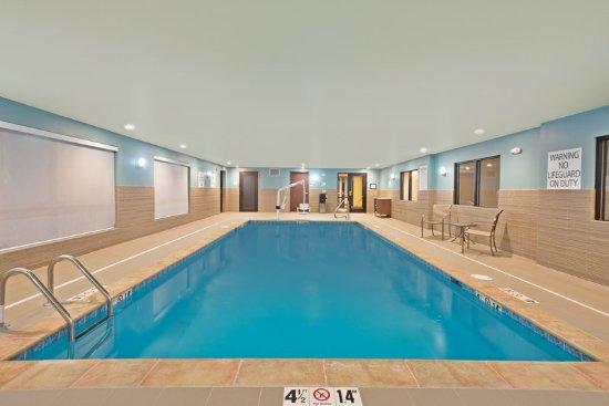 Uniontown, Pensilvania: Swimming Pool
