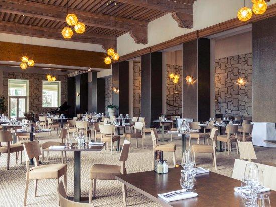 Restaurant photo de mercure brides les bains grand h tel for Restaurant grand hotel des bains