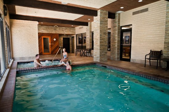 Best Western Plus Arroyo Roble Hotel Creekside Villas