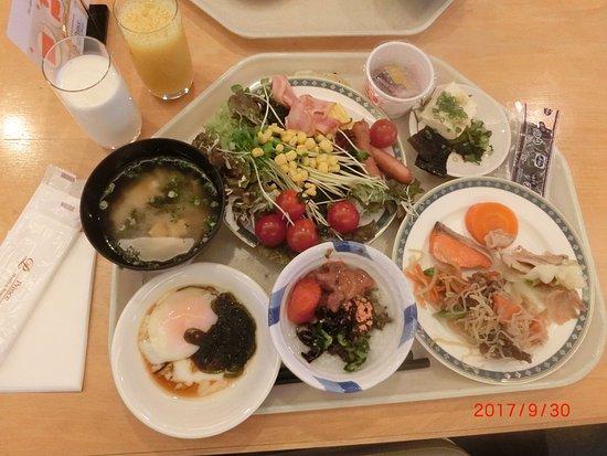 Shizukuishi Prince Hotel: いっぱいの朝食