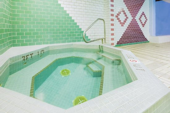 Sydney, Canada: Relax in our indoor hot tub