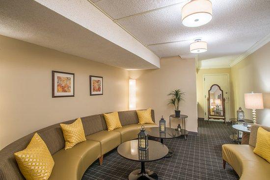 interactive tv nh c a crowne plaza suffern suffern. Black Bedroom Furniture Sets. Home Design Ideas