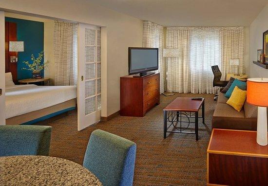 Tewksbury, MA: One-Bedroom Suite-Living Area