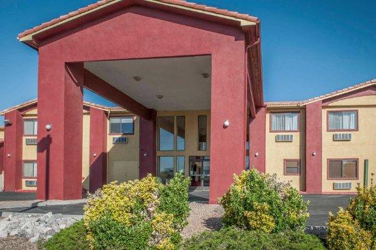 Rio Rancho, NM: Hotel exterior