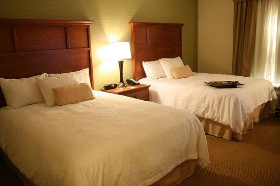 Radcliff, KY: 2 Queen Bedroom