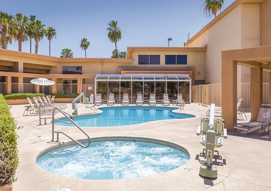 Plaza resort and spa updated 2018 reviews price for Palm springs strip hotels