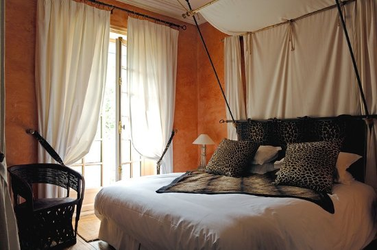 Cruseilles, France: Classic Room In The Castle