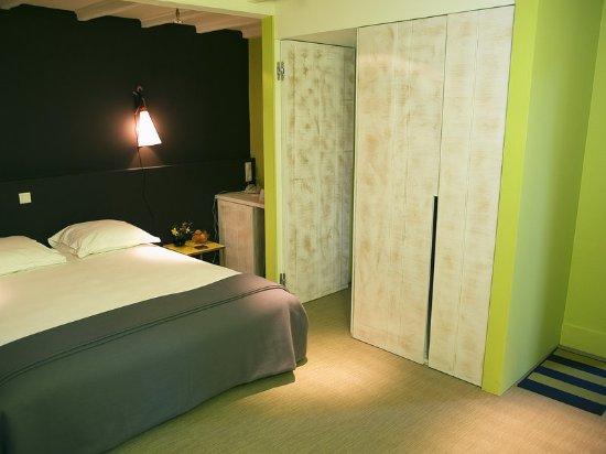 Landes-le-Gaulois, Francia: The Rooms
