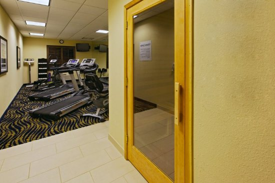 Weatherford Hotel Fitness Center with Sauna