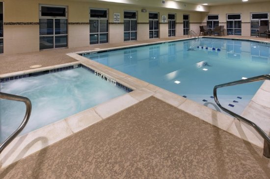 Holiday Inn Express Hotel & Suites Weatherford: Weatherford Hotel Swimming Pool