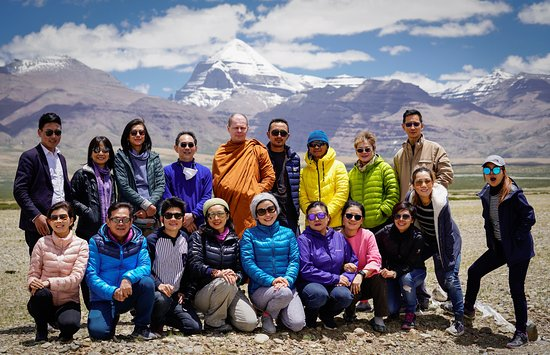 Lhasa, China: 2017 Kailash tour - Thailand Pilgrimage Group