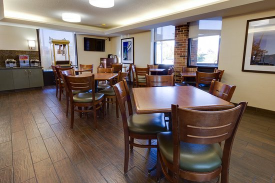 Pear Tree Inn St. Louis Fenton: Dining Area
