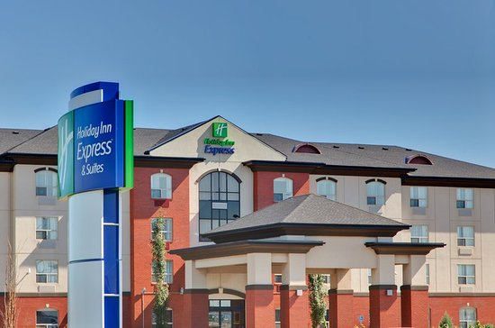 Holiday Inn Express Sherwood Park Minutes from Refinery Row