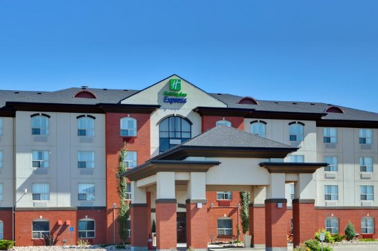 Holiday Inn Express Sherwood Park Minutes from ballparks
