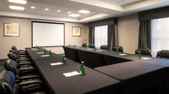 Sherwood Park, Canada: Comfort and convenience in our meeting room