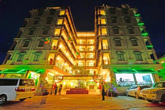 Top 10 Myanmar Food | Burmese Cuisine | Sanctum Inle Resort