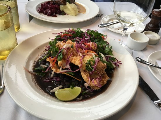Mustards Grill : Fried Sole Tostada