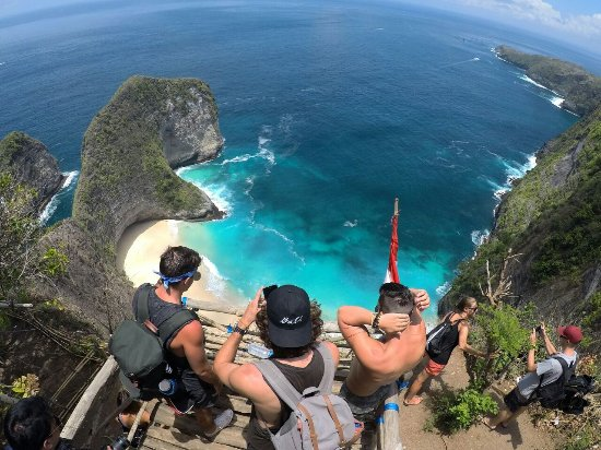 Nusa Penida is the best.,.Location : Kelingking Beach Nusa Penida