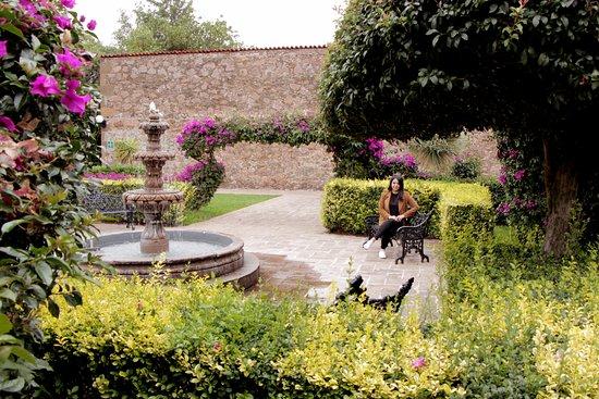 Mision La Muralla: Un jardín bastante hermoso y bien cuidado