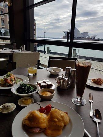 Park Hyatt Sydney: Breakfast At The Dining Room